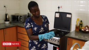 Coronavirus: The fears of a Kenyan domestic worker who can't stay at home