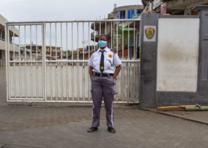 In Ghana, soldiers enforcing COVID-19 restrictions attack 2 journalists
