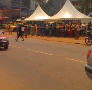 population alarmed as MTN makes nonsense of social distancing measures in Yaounde Agency