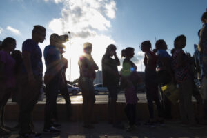 US: Newly Released Files Show Fast-Track to Deportation