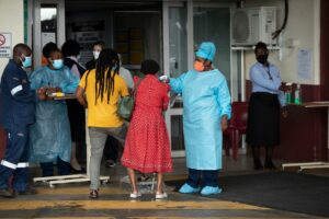 Former South Sudan Refugee Acclaimed for Saving COVID-19 Patients in South Africa   Voice of America