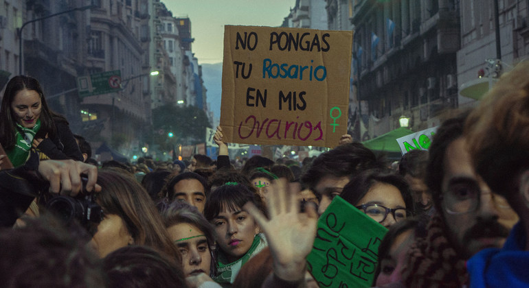 Argentina: 'Ground-breaking' new abortion law crucial to ending gender discrimination – UN experts |