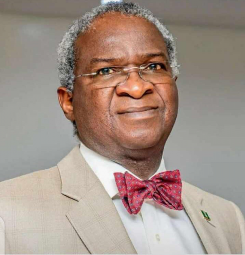 EFCC Secretly Grills Fashola Over Ex-FIRS Chair, Fowler's Loot, Asset Documents